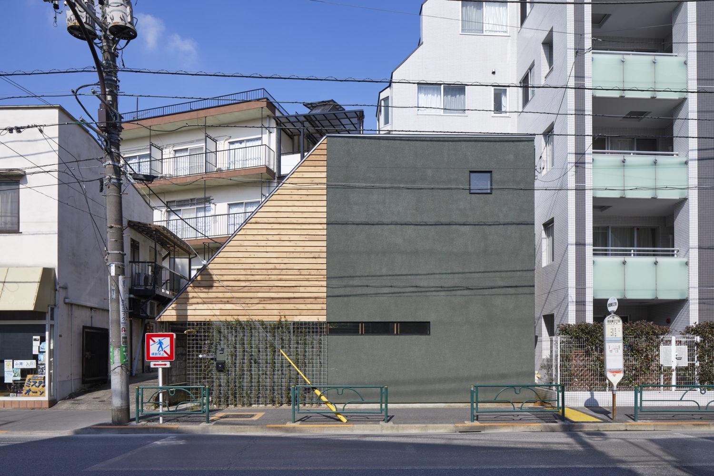 Naritahigashi S